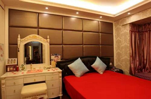 卧室窗帘的颜色搭配技巧 为您营造一个良好的氛围