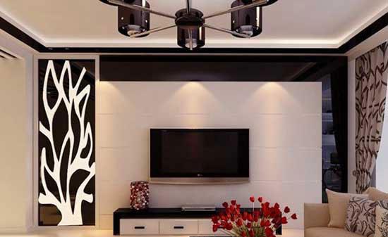 正文   装修之中,很多人面对大片大片的空白墙壁不知所措,如沙发背景
