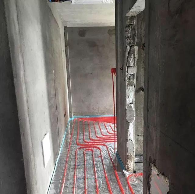 家装地暖铺设越密越好吗 地暖管铺设间距多少合适