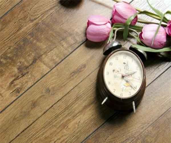 怎么保养家里的地板 四点要谨记