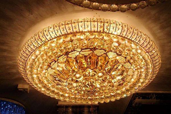 水晶灯的选购要点有哪些 让家居更添优雅