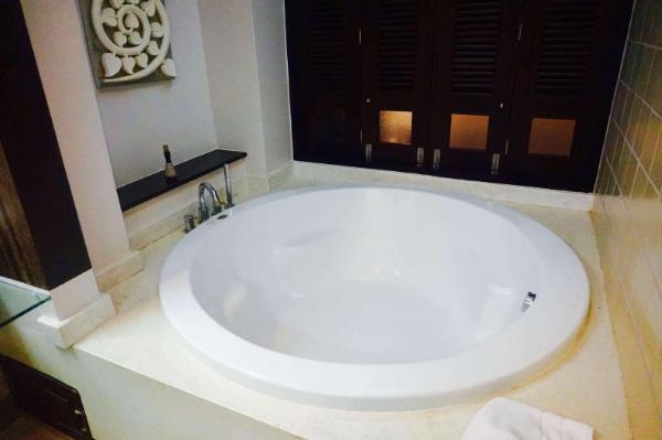 浴缸的尺寸多少比较合适