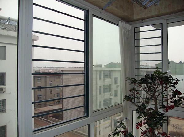 纱窗安装的技巧 让窗户更牢固