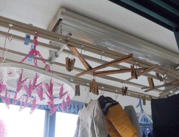 阳台上的自动升降衣架