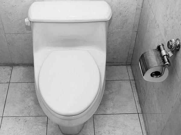 马桶不停上水原因有哪些 找准问题对症下药