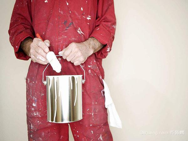 装修油漆怎么洗