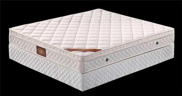 床垫购买需谨慎 甲醛超标危害大