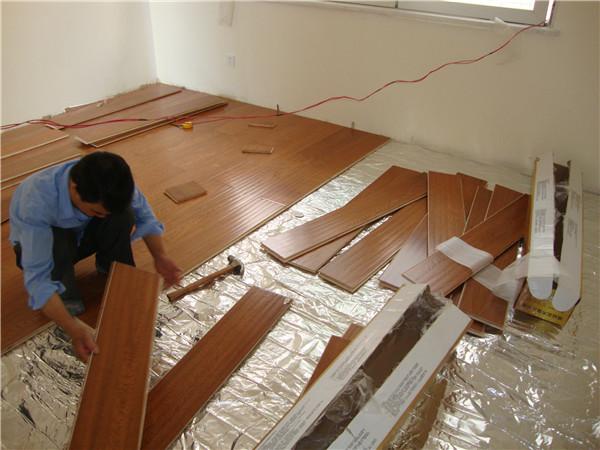 瓷砖上铺木地板效果图