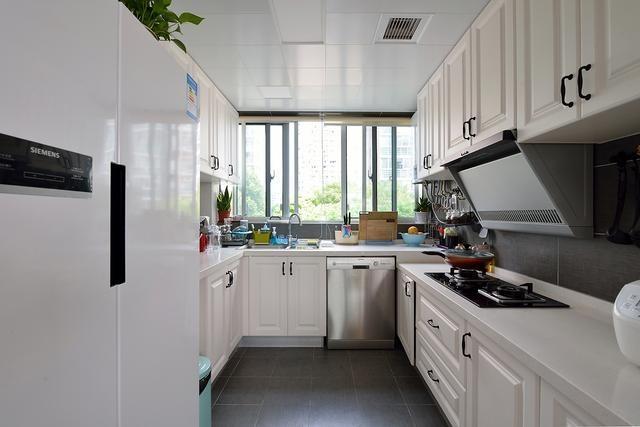 厨房U型设计