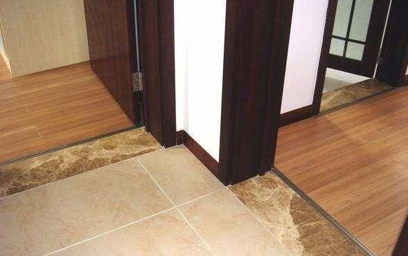 地板和墙布哪个先铺.jpg