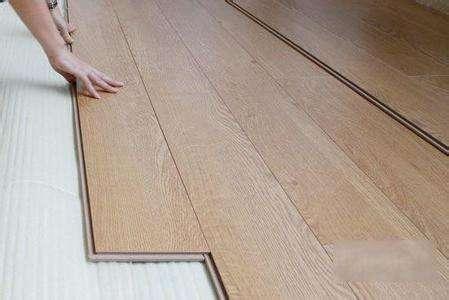 地板与墙布怎样搭配好.jpg