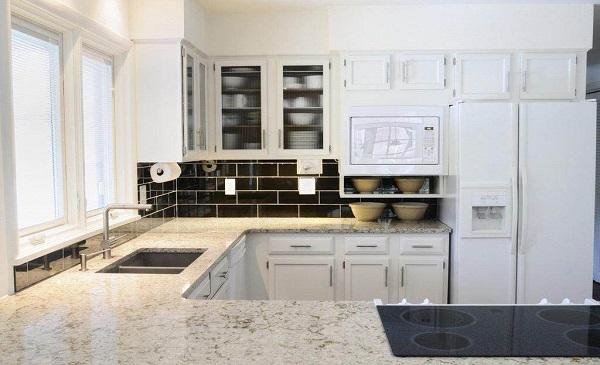 厨房台面哪种材料好.jpg