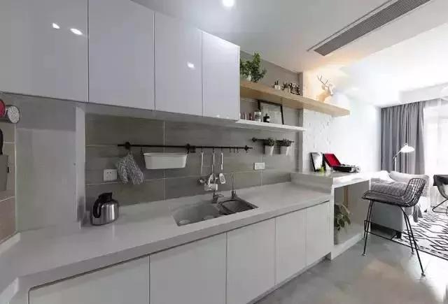 开放式的厨房