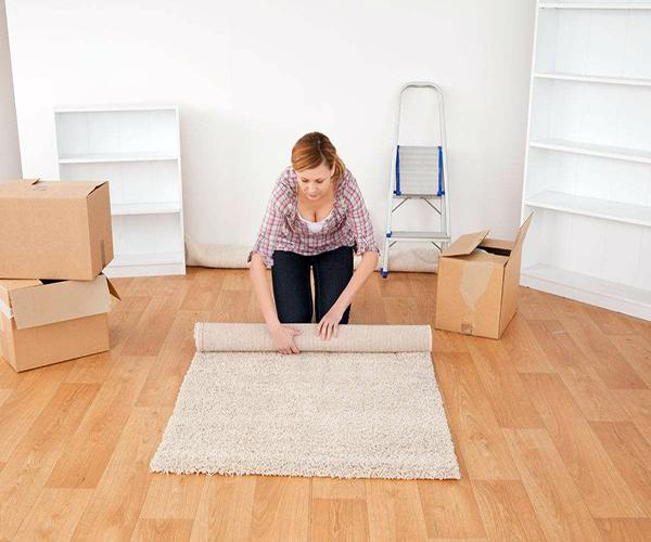 客厅装深色地板的更加处