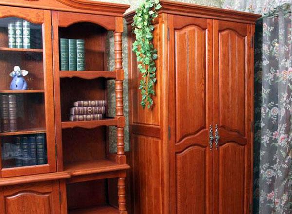 辨别红橡木家具的方法