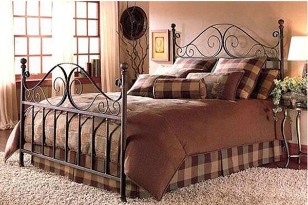 欧式双人铁床的风格
