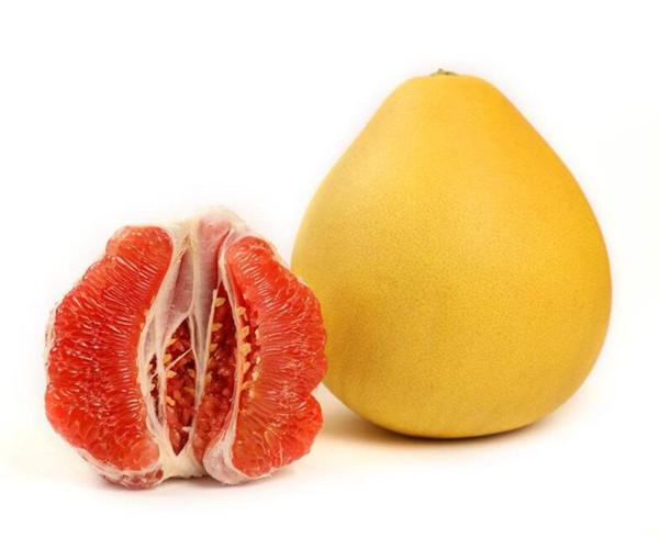 柚子有哪些好处 日常生活中吃柚子要注意什么呢