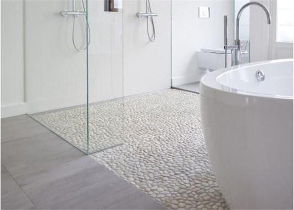 卫生间装修铺鹅卵石效果图