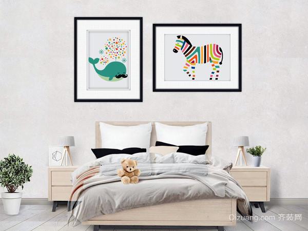 对于现代装饰画的话,可根据客厅装修风格选择偏欧式风格的房间适合