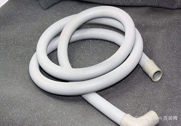 如何安装滚筒洗衣机排水管