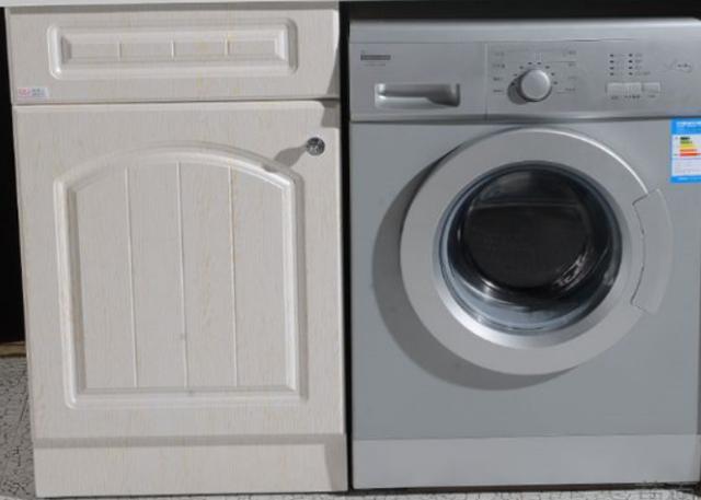 洗衣柜或者洗衣柜放在阳台好吗?