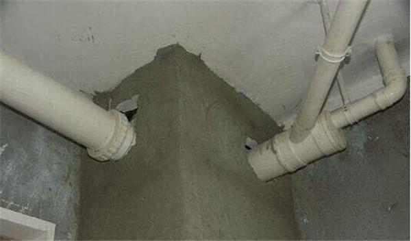 红砖包水管