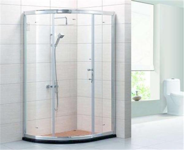 淋浴房安装