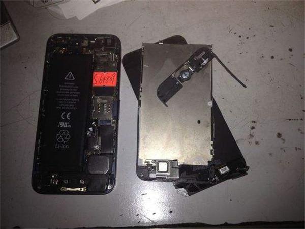 手机进水维修