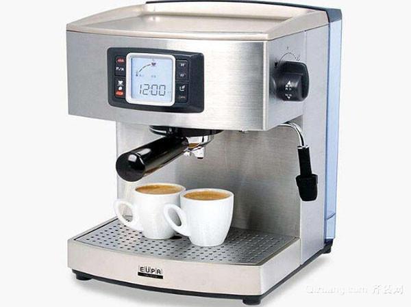 蒸汽咖啡机打奶泡