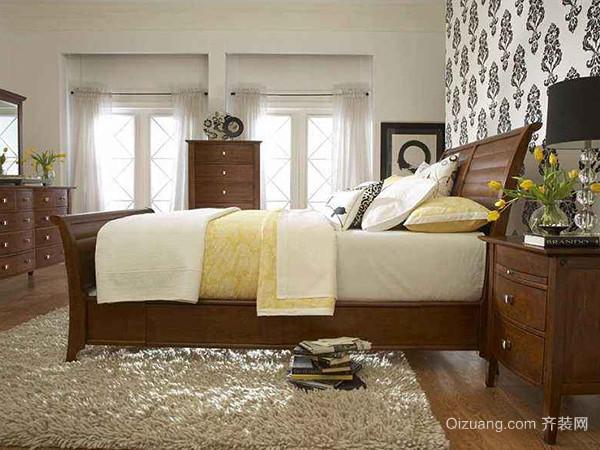 两个床头柜不一样