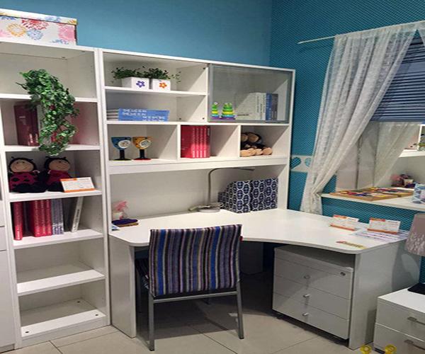 书房与电脑桌颜色怎么搭配