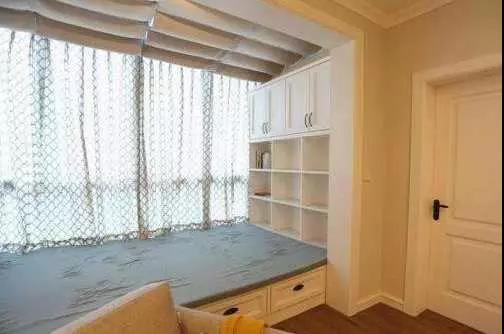 阳台隔断怎么装修好看 客厅阳台隔断装修