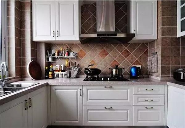 大理装修分享厨房装修指南 这些注意事项不容忽视