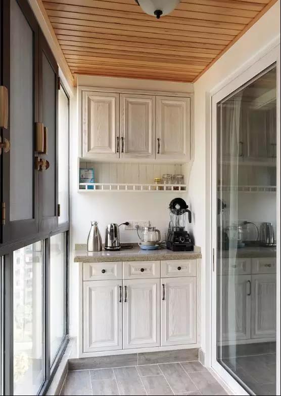 阳台柜子最实用的设计 阳台地柜储物柜效果图图片