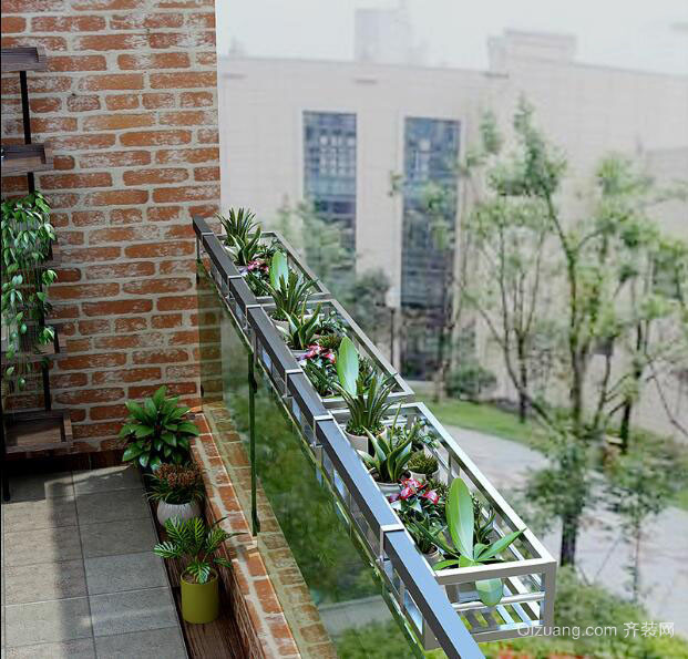阳台外安装不锈钢花架