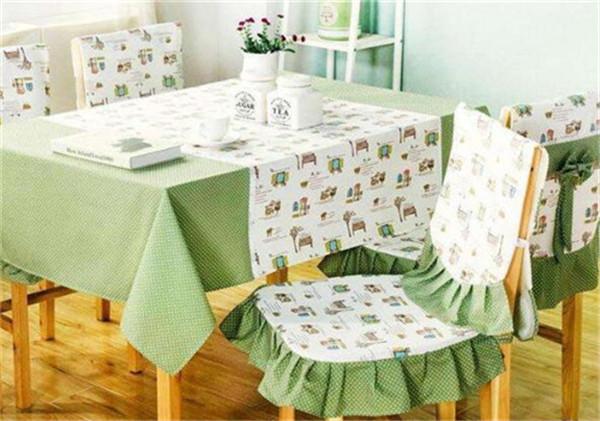 软装搭配餐桌布应该如何选择