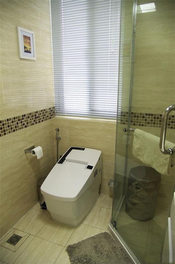 晒晒打扫干净的新房 最满意卫生间马桶