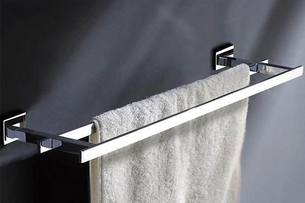 浴室挂件装置位置图