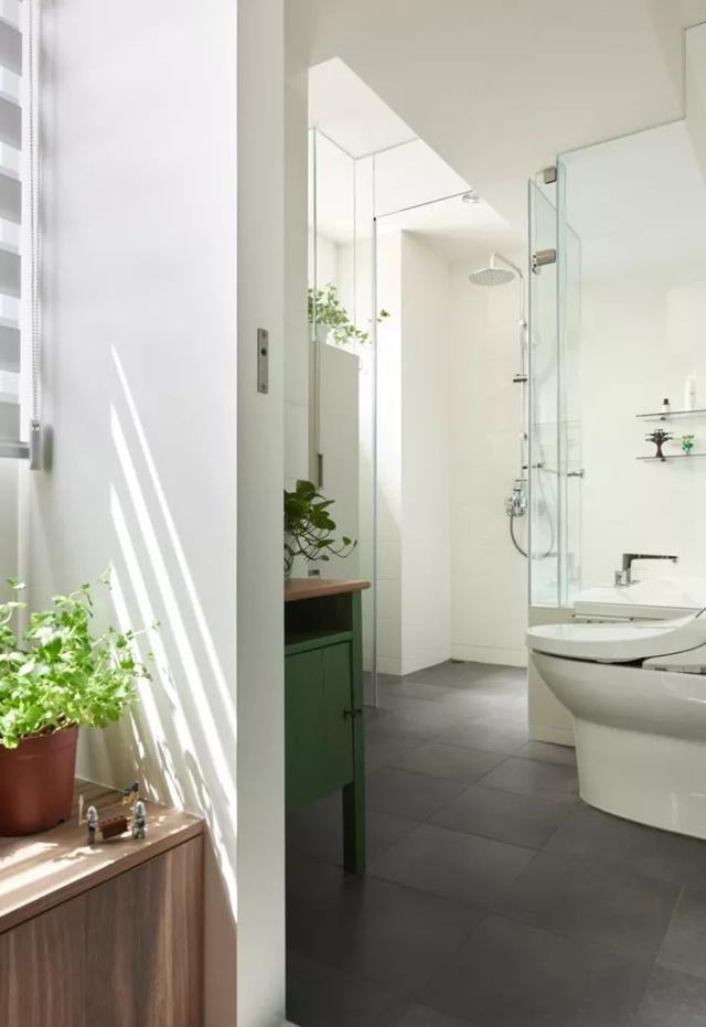 130平的日式风格浴室设计图片