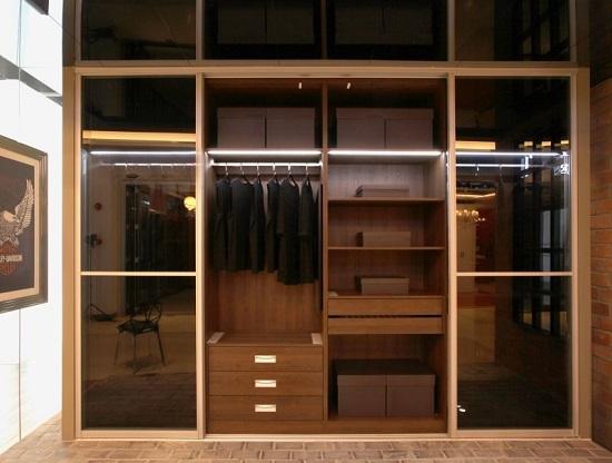新都装修公司为您介绍移门衣柜的选购保养知识