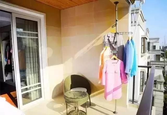 阳台的装修设计效果图.jpg