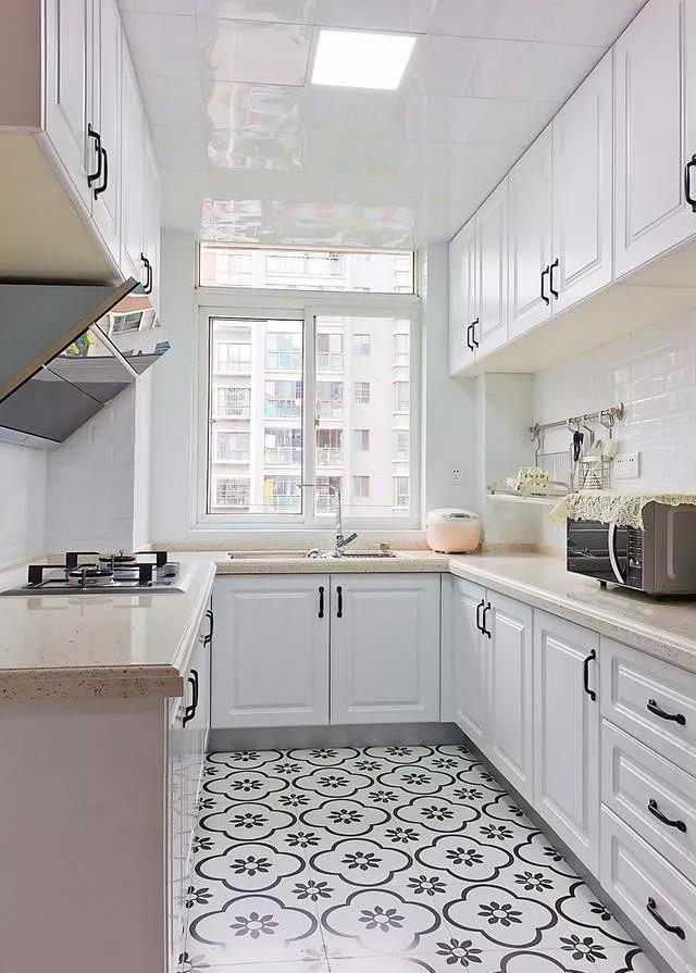 厨房地板怎么铺