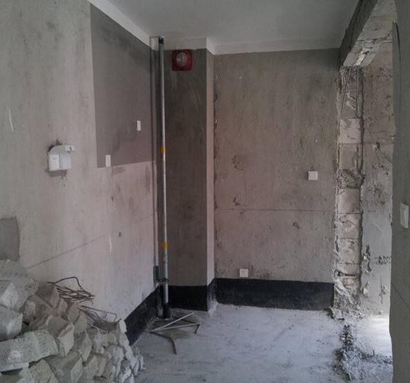 装修砸墙费用多少钱一平方