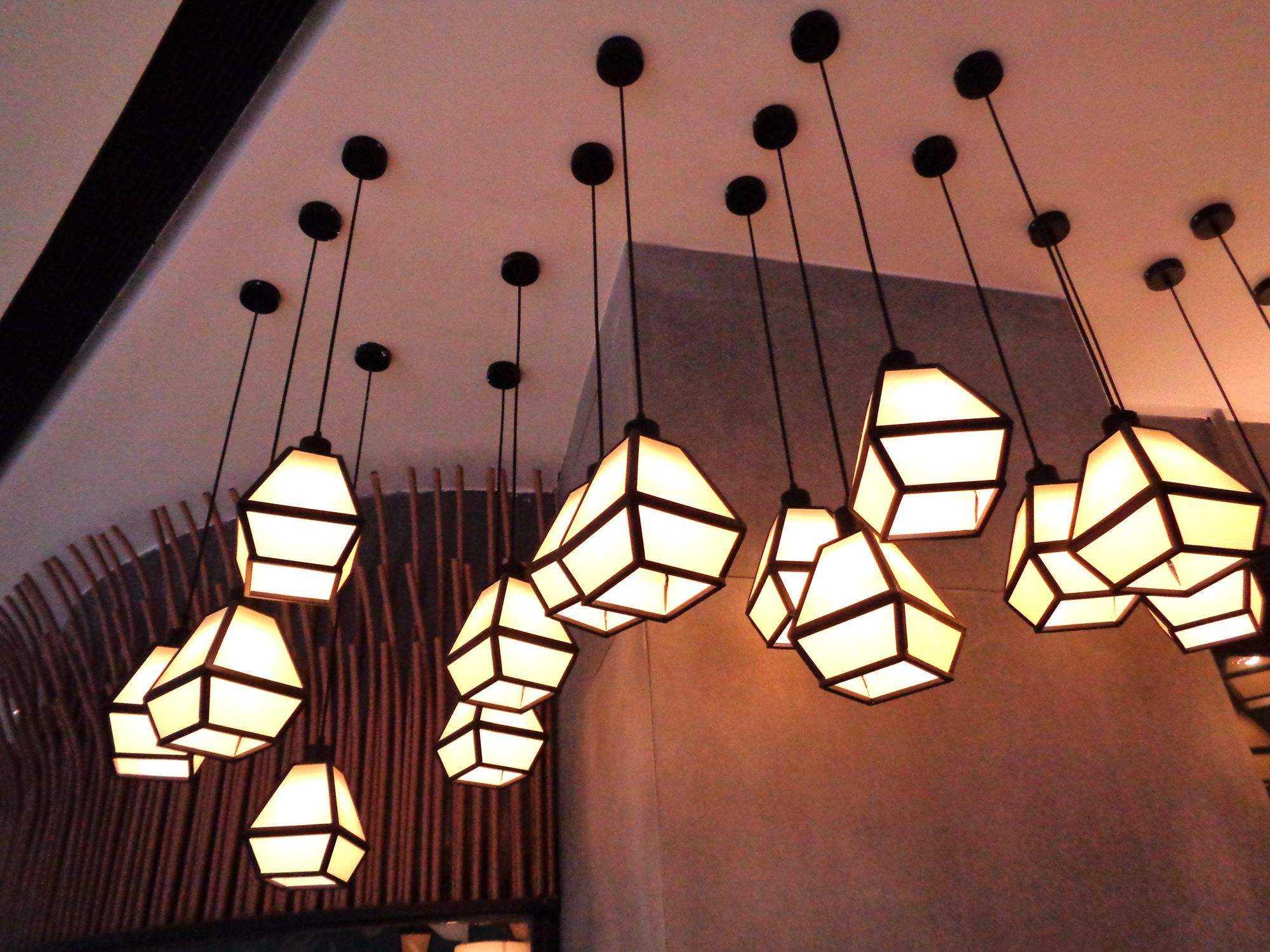 忌燭臺式吊燈