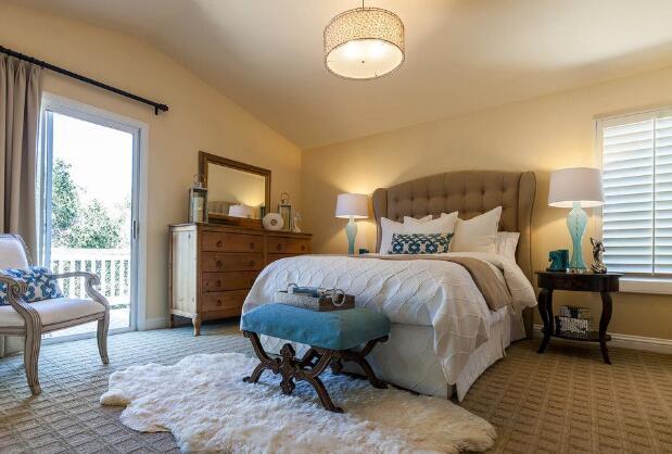 美式小户型卧室装修效果图一