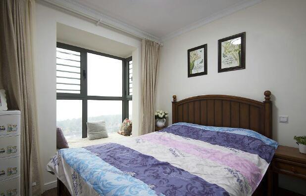 美式小户型卧室装修效果图三