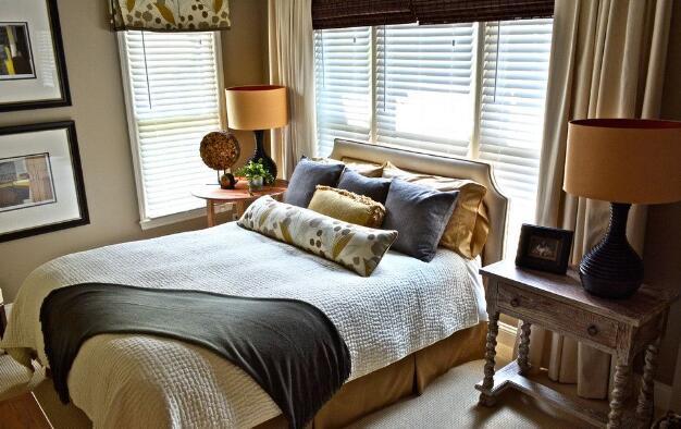 美式小户型卧室装修效果图四