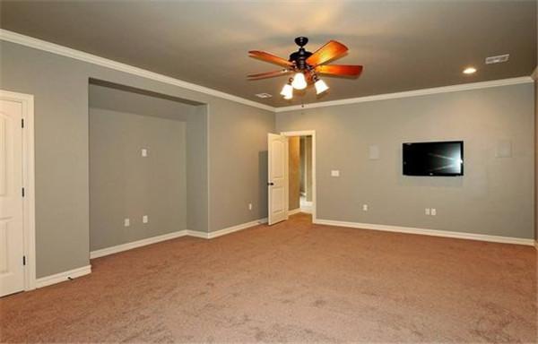 (1)地面找平:70平米室内装修地面找平的装修预算一般在38元一平方.