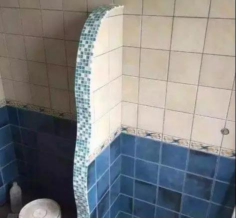 卫生间砖墙隔断图片.jpg