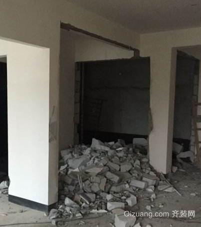 装修砸墙物业要收费吗